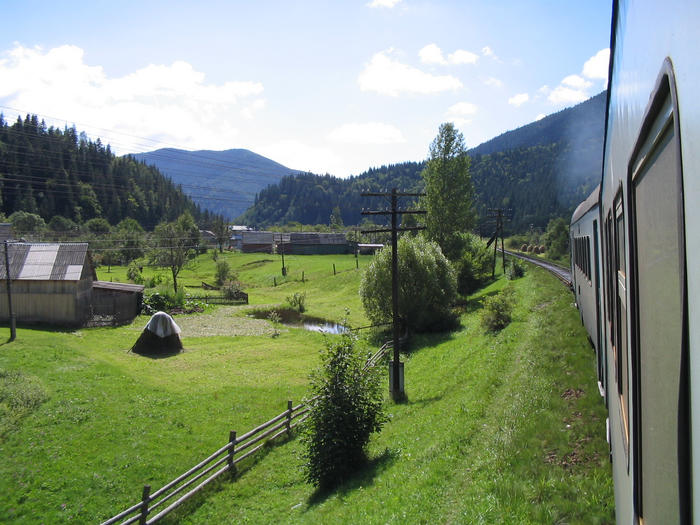 Пейзаж из окна поезда